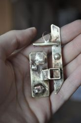 abstract pendant by Petronelodinobrianna