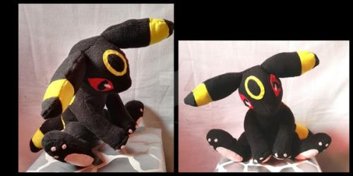 Sitting Umbeon plush by Yoshitsune06-15