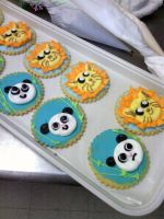 Pandas and Lions by feels-with-fingers