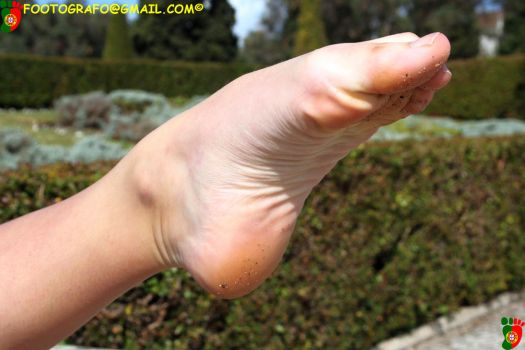 A Pointed Foot by Footografo