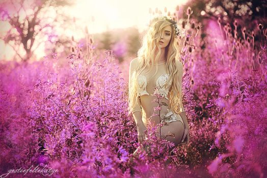 Sophia and the magical spring by gestiefeltekatze