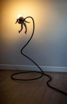 Aldrin Lamp by back2root