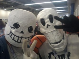 Sans and Papyrus selfie~ by Shadarkness