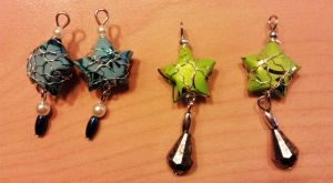 paper star earrings by syn-O-nyms