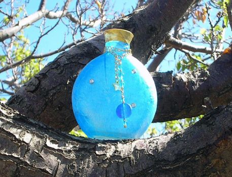 1st altered art bottle by IsilanaRith
