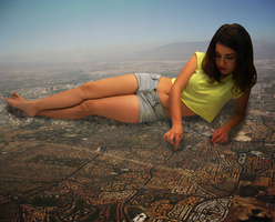 Mega Giantess Arizilla by dochamps