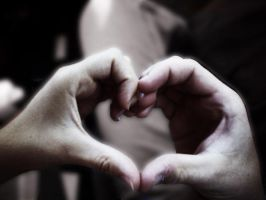 Heart Hands by mawkus