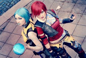 Sirens? Here! [Borderlands 2] by Saerithi
