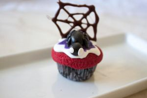 Purple Fake Spider Cupcake by YourSweetTreat