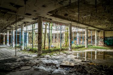 Urbex Leipzig  Honecker s Paradise by MakisWorld