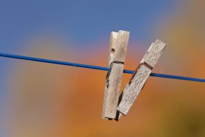 Two clothespins by theGuffa