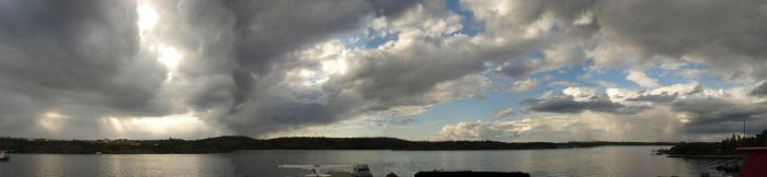 Yellowknife Sky by chark-o-broiled