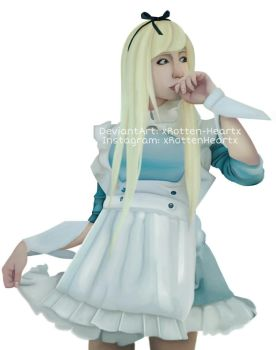 Alice in Wonderland by xRotten-Heartx
