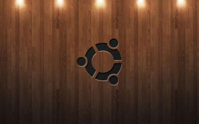 Ubuntu_Wood_Light by Csige