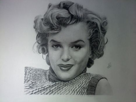 Norma Jeane by Surreal-Portrait