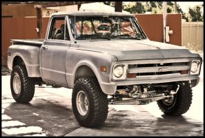 Chevy C10 by Papapericos