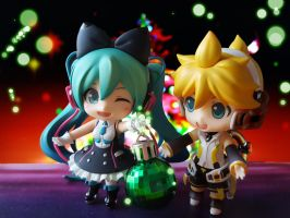 Magical Christmas Lights (Miku+Len) by ng9