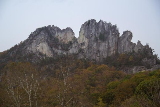 Seneca Rocks by KarmaKhameleon
