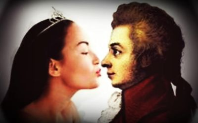 Kissing Mozart(almost) by MOZARTMistressforeva