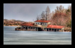 Sunk House Boat 1 by lordyo