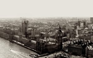 London by ediskrad-studios
