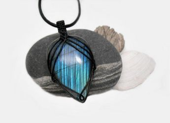 Wire wrapped Labradorite necklace by AquascentCreations