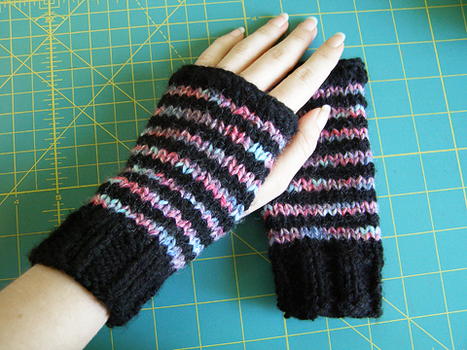 Striped Mitts by emiko42