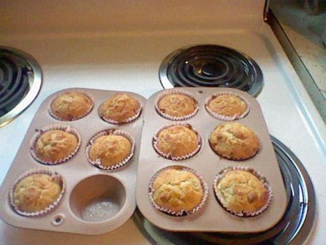 Banana Nut Muffins by ChapperIce
