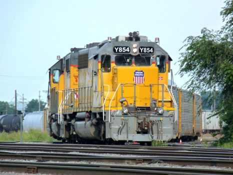 Railfan Trip: 8-21-17: Yard Power Closeup by lonewolf3878