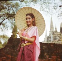 Ayutthaya girl by Tairenar