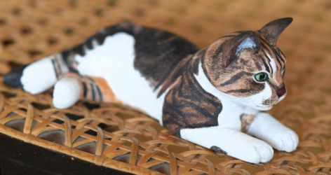 Maxine (cat carving) by greencheek