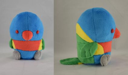 Lorikeet Plush by makeshiftwings30