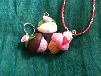 Cupcake Jewelry Set by Omaline