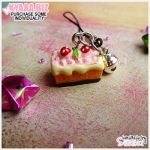 Charm - Cell Phone - Strawberry Cake by shiricki