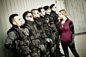 Jill Valentine inspects the troops by ItzIvory