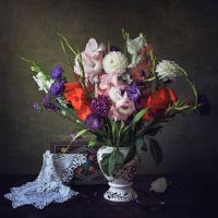 Still life with a bouquet by Daykiney