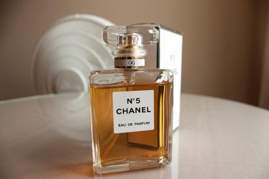 Chanel No. 5 by Okijnas