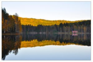 Red cabin. by Yunalescie