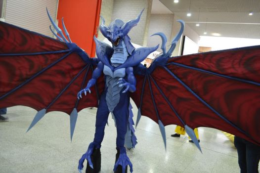 MCM Comic Con 2016 - FF8 Bahamut Cosplay 4 by GIGAN05