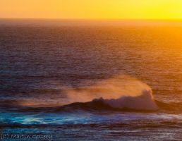 sunset wave by MartinGollery
