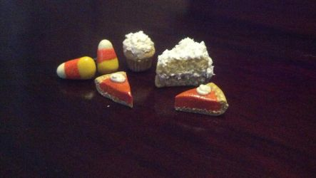 Tiny clay sweets by iheartcutestuffs