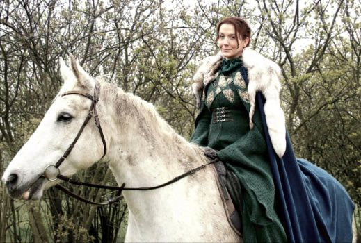 Lady Catelyn Tully Stark Riding Game of Thrones by Volto-Nero-Costumes