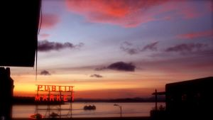 Pike Place Sunset by Missus-lesbian-2010