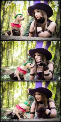 Caitlyn vs Teemo - League of Legends by Neferet-Cosplay