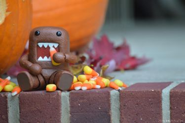 Domo-Kun Seasonal Treats by AndyKluthe