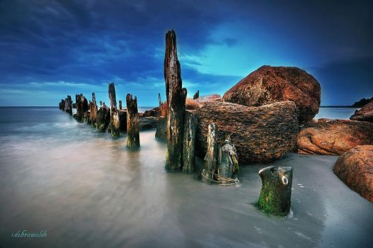 old pier by hotonpictures