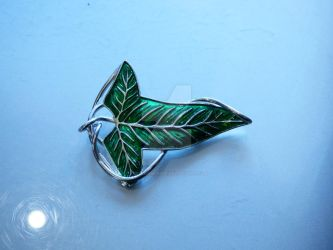 Sterling Silver Lorien Leaf (finished) by TheBeerDrinker