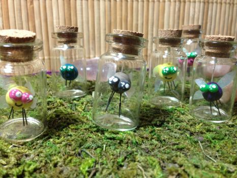Mini Parasprite Bottles by NewGrayMare