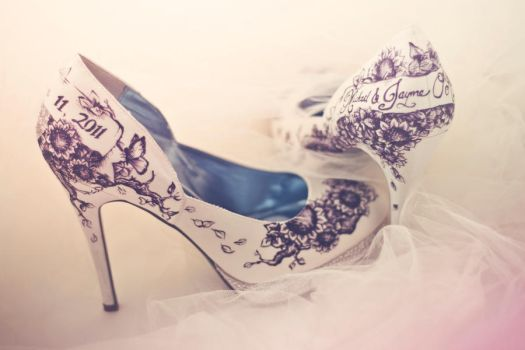 Painted Wedding Shoes by zoshalucyna