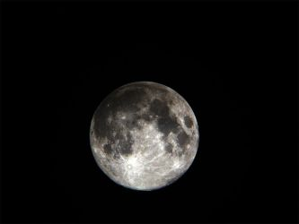 The Moon 15-12-2005 by Chrissyo